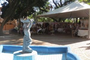 Artesãos divulgam produtos para a festa Crédito: Anderson Ribeiro
