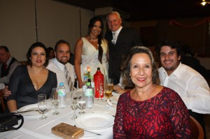- Paula e Bruno Vasconcellos, Ramiro Vasconcellos Passos, Maria do Carmo  Vasconcellos