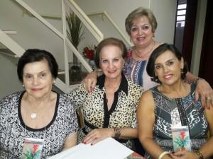 """Teresinha Caminha Leal, Beth Schiroky, Carmen Gonçalves, Fulvia Augusta Macedo, , """"hora do chá"""" na Casa da Amizade, clic Fábio Lucas"""