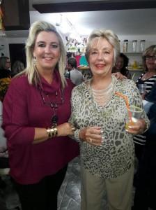 Lúcia Segredo Blanco, Magda Gomes Segredo, festejando  cinco anos da loja Mimos e Regalos, clic Fábio Lucas