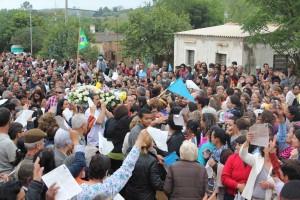 Multidão participa de celebração em santuário na Vila Gaúcha Crédito: Renata Lima