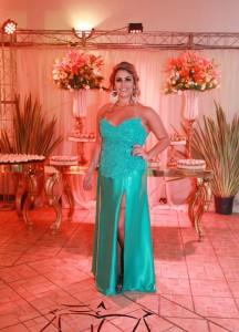 - Fernanda Romariz Machado,gradou-se em Direito; recepção na OAB, ela é filha de Claudia Romariz e Mauro Machado, clic Gleider Aires